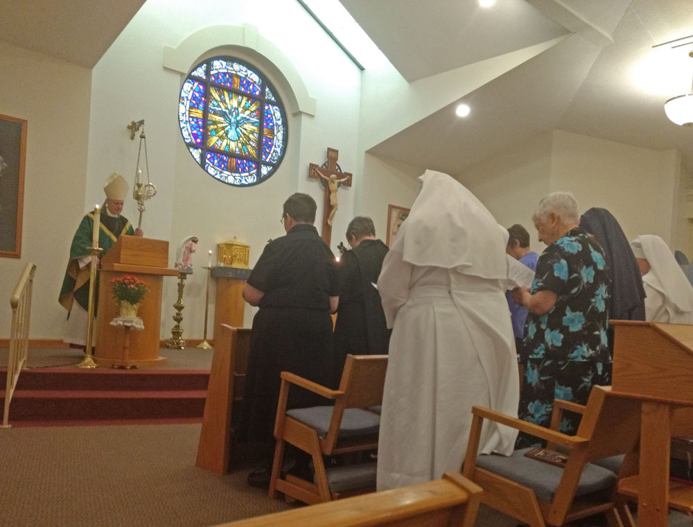 Sisters renewing vows